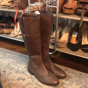 Absolutely luxurious Cole Haan boots